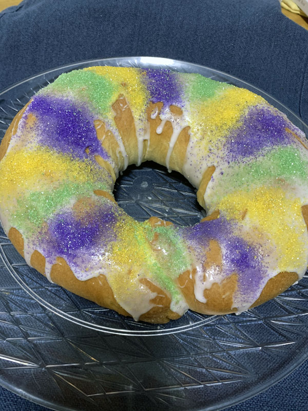 a king cake on a plate